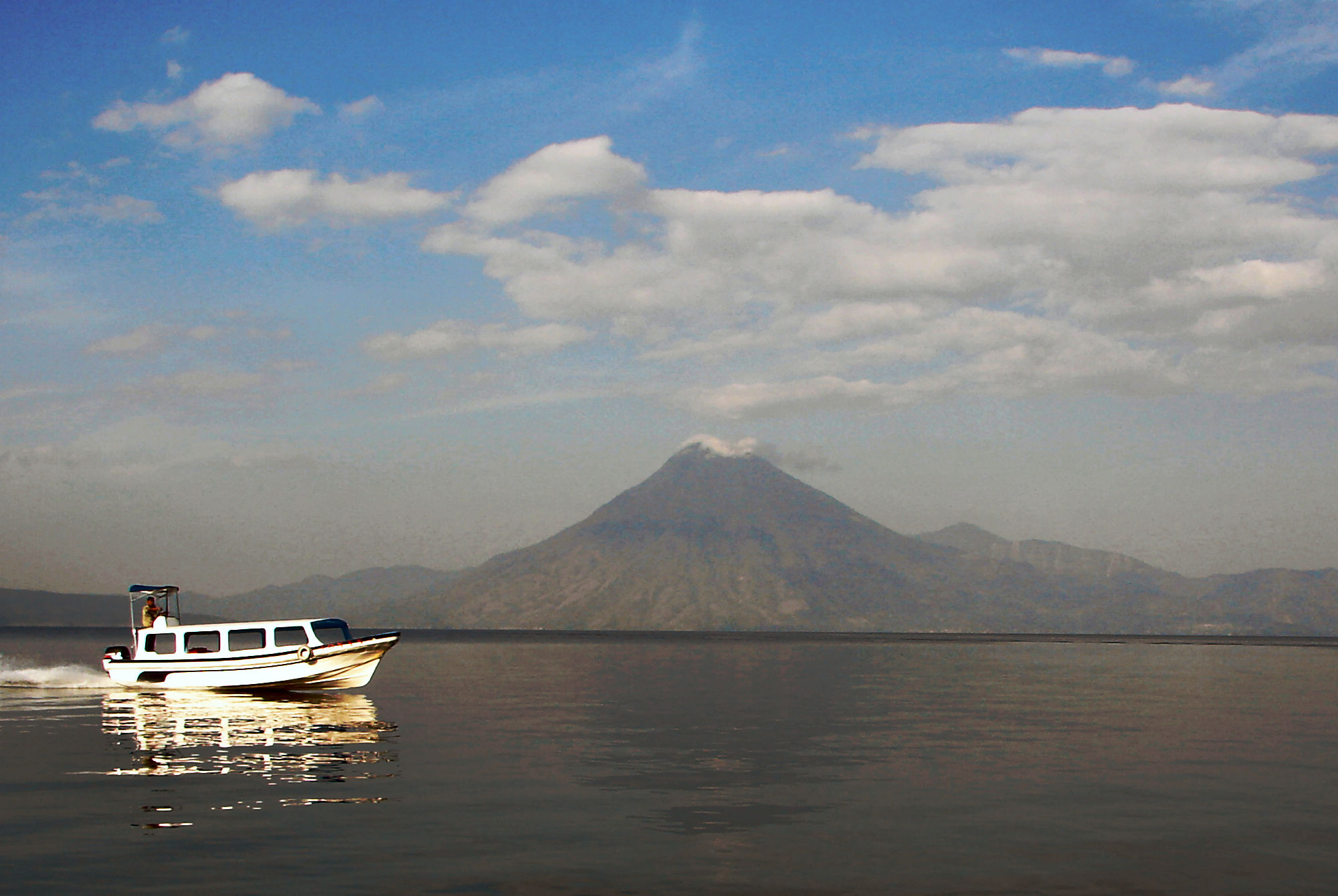 Lago Atitlan - Vulcano San Pedro